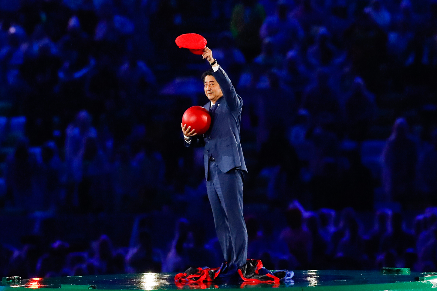 shinzo abe as super mario during the rio 2016 olympics opening ceremony